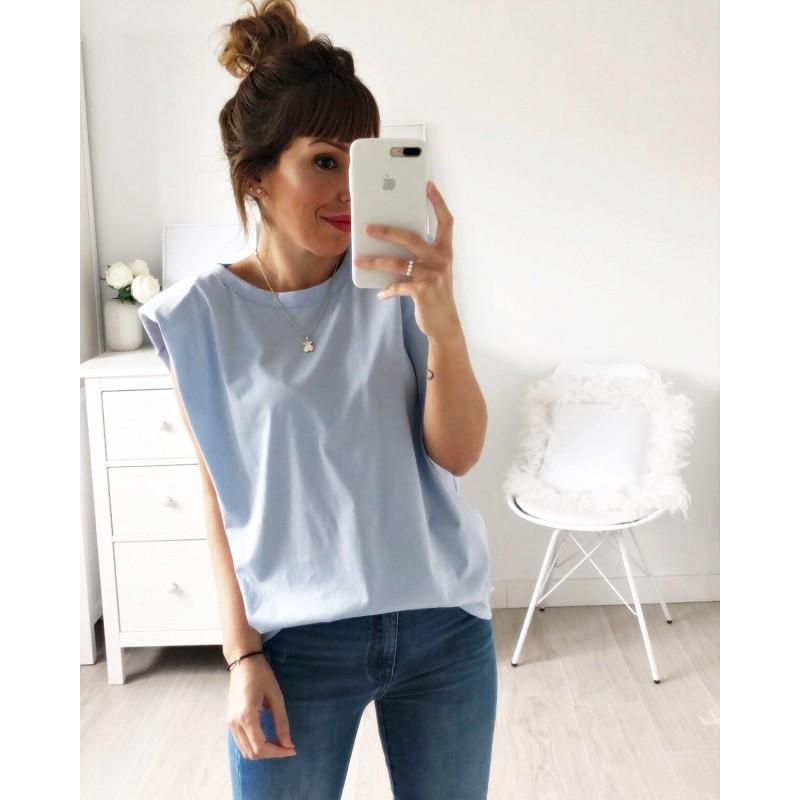 Camiseta hombreras azul claro