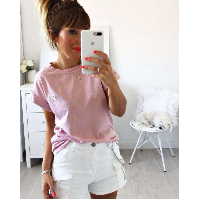 Camiseta corazón bordado rosa
