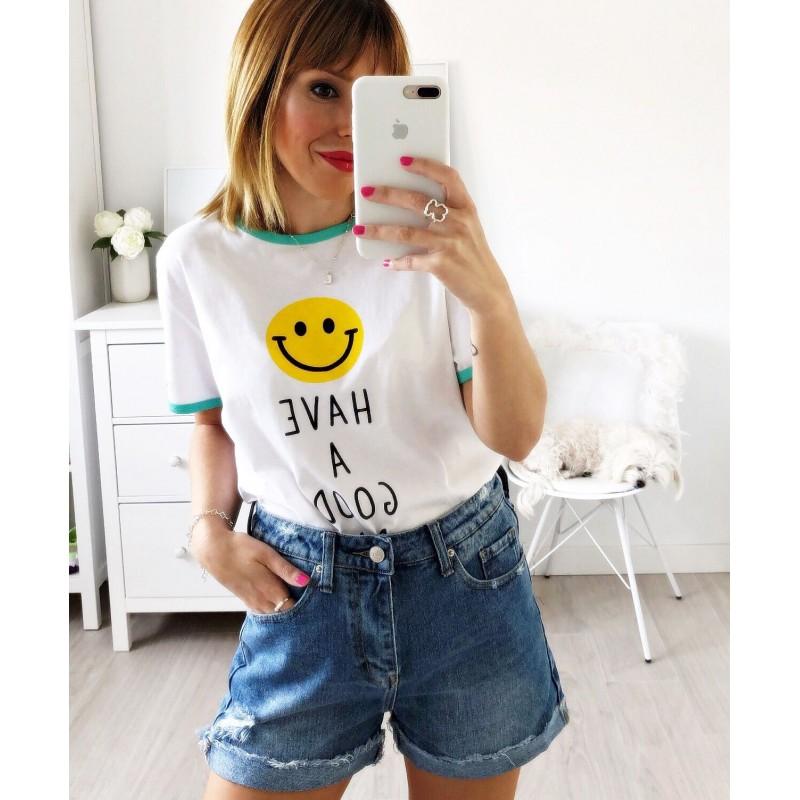 Camiseta Smile aguamarina