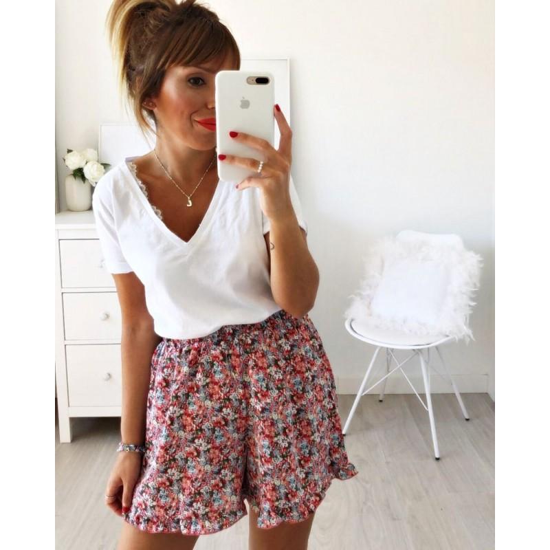 Short flores rojas